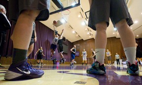 The Western Mustangs women?s basketball team practises at Alumni Hall in this file photo. (Craig Glover/The London Free Press)