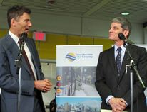 Mayor Gregor Robertson welcomes new TransLink CEO Kevin Desmond (right). Michael Mui, 24 hours