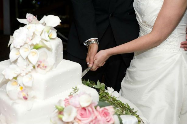 when should you cut wedding cake financial planning tips for new couples the free 27119