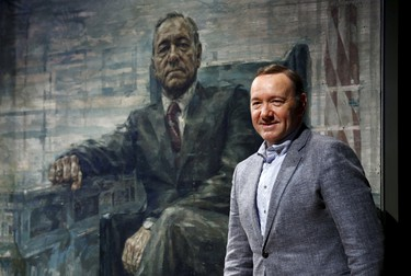 Actor Kevin Spacey stands beside a portrait of his House of Cards character President Frank J. Underwood on the  day of its unveiling at the Smithsonian's National Portrait Gallery in Washington February 22, 2016. The portrait was painted by British artist Jonathan Yeo. REUTERS/Kevin Lamarque        EDITORIAL USE ONLY. NO RESALES. NO ARCHIVE