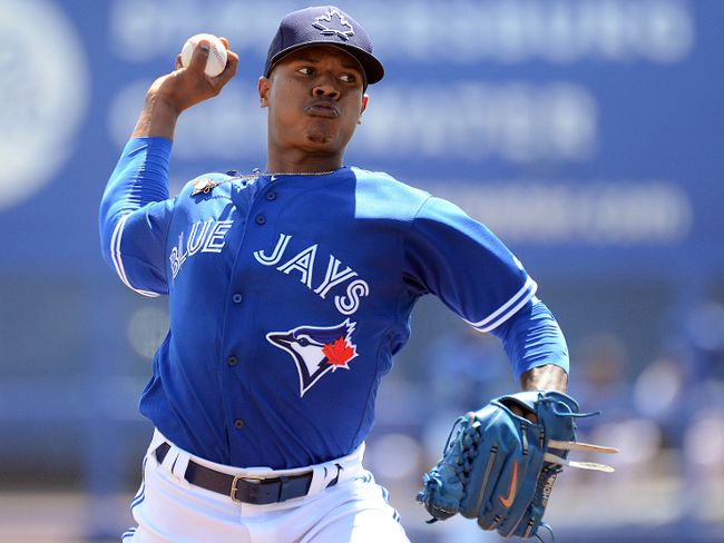 Toronto Blue Jays starting pitcher Marcus Stroman (6) warms up before the start of the spring training game against the Boston Red Sox at Florida Auto Exchange Park. Jonathan Dyer-USA TODAY Sports