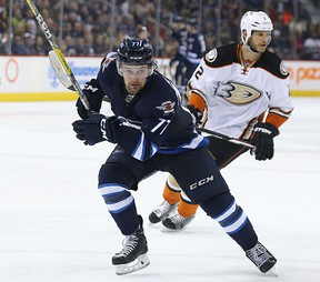 Winnipeg Jets centre Chase De Leo forechecks against the Anaheim Ducks earlier this month. De Leo was recalled by the Jets on Thursday. (Kevin King/Winnipeg Sun file photo)