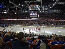 Oilers alumni flood Rexall Place with memories during final NHL game_21