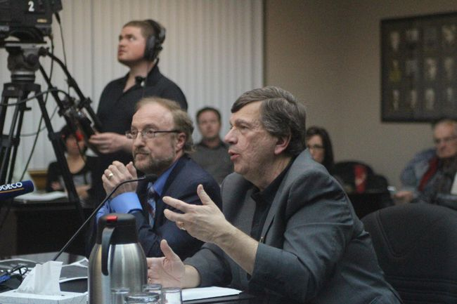 <p>Left Dr. Peter Cooney, chief dental officer of Canada, listens to local medical officer of health Dr. Paul Roumeliotis speak to Cornwall council on adding fluoride the water on Monday April 25, 2016 in Cornwall, Ont. Greg Peerenboom/Cornwall Standard-Freeholder/Postmedia Network