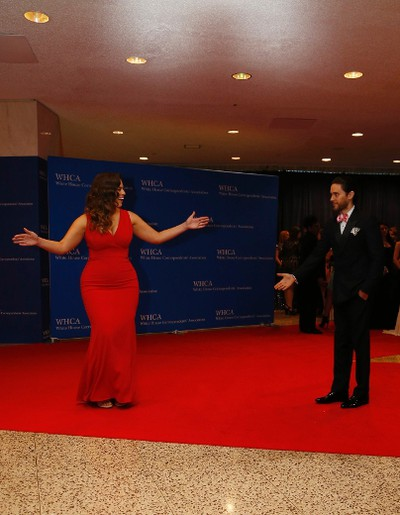 Model Ashley Graham and actor Jared Leto arrive on the red carpet for the annual White House Correspondents Association Dinner in Washington, U.S., April 30, 2016. REUTERS/Jonathan Ernst