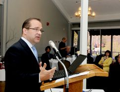 Mayor David Henderson delivers his state-of-the-city address at a Brockville and District Chamber of Commerce breakfast meeting on Tuesday. (RONALD ZAJAC/The Recorder and Times)