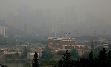 EDMONTON, ALBERTA: MAY 19, 2016 - The downtown Edmonton city skyline is shrouded in heavy smoke from forest fires in northern Alberta which descended upon the city Thursday (May 19) afternoon. (PHOTO BY LARRY WONG/POSTMEDIA NETWORK)