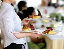 Waitress minimum wages restaurants