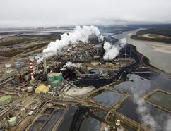 The Suncor tar sands processing plant near the Athabasca River at their mining operations near Fort McMurray, Alberta, in this file photo taken September 17, 2014. CANADA-OIL/FORT MCMURRAY REUTERS/Todd Korol