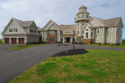 A Philadelphia architect's dream beachfront mansion in P.E.I. - 13,500 square feet, six bedrooms, with a whale- and seal-watching tower -- has sold for $4.7-million. (THE CANADIAN PRESS/HO-Michael Poczynek)