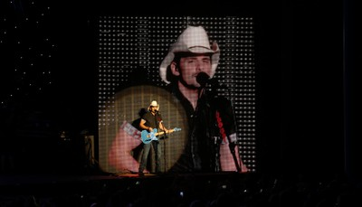 Brad Paisley performs Crushin' It as his Life Amplified Tour rolled through Toronto at the Molson Amphitheatre in Toronto, Ont. on Thursday August 18, 2016. Jack Boland/Toronto Sun/Postmedia Network