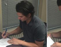 Sean Monahan signs contract