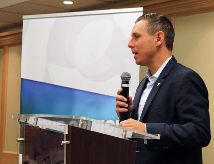 Ontario PC leader Patrick Brown speaks to association members at the Clarion Inn on Wednesday, Aug. 24 as part of his northern tour and at the beginning of a two-day caucus retreat in Kenora. Kathleen Charlebois/Daily Miner and News