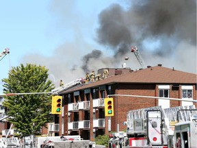 The fire at 420 Cité-des-Jeunes Boulevard in Gatineau's Hull sector. JEAN LEVAC / POSTMEDIA