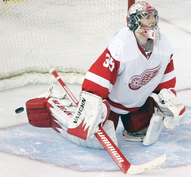 The Detroit Red Wings sought to trade goaltender Jimmy Howard during the off-season. (Postmedia Network file photo)