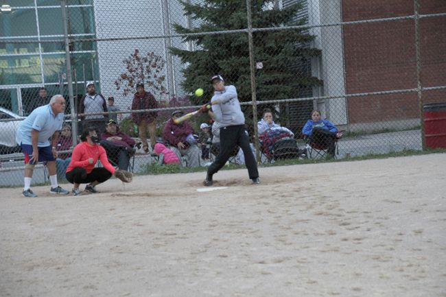 Bernice Major of Williams Consulting Royals looks to connect with a pitch against Northern Harbour in the A-side championship of the Kenora Slopitch Days Inn Ladies League on Wednesday, Sept. 21. The Royals won the third and deciding game 12-11 with the last at-bat. LLOYD MACK/Daily Miner and News