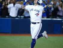 Jays Beat Yanks 9-0_1