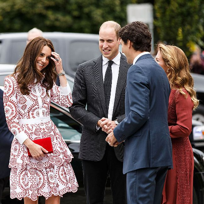 Catherine, Duchess of Cambridge and Prince William, Duke of Cambridge arrive at Immigrant Services Society of BC on September 25, 2016 in Vancouver, Canada. (Photo by Andrew Chin/Getty Images)