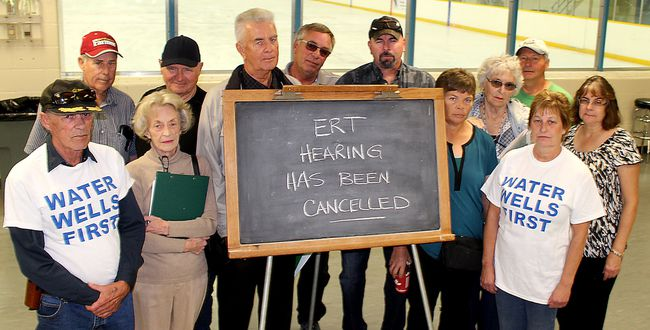 This group of residents are upset an environmental review tribunal regarding concerns about the potential impact of a wind farm in Chatham Township could have on water wells has cancelled. They only learned some kind of mediated settlement had been reached after showing up at Thames Campus Arena in Chatham, Ont. on Wednesday October 5, 2016 for what they expected would be the first day of hearings. (Ellwood Shreve/Chatham Daily News/Postmedia Network)