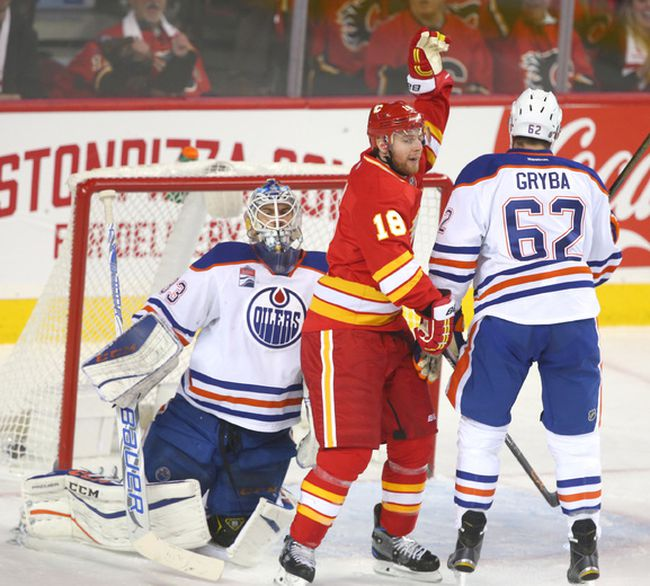 Flames Sean Monahan Opens Scoring In Game Dominated By