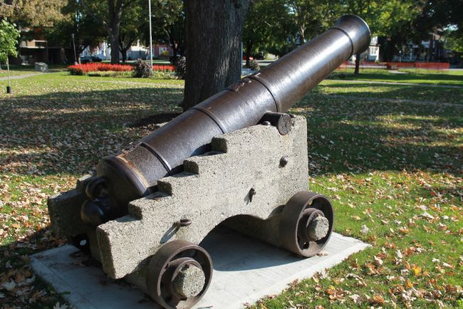 'Big Tom' was relocated to Veterans Park in Nov. 2015. It had previously been sitting in Canatara Park since 1960, moved away from its original location in Veterans (then Victoria) Park where it first appeared in 1869.