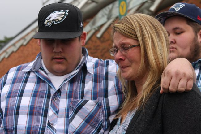 Geoff Gaston's widow, Tanya, leaves court with their two sons, Josh and Tim. (TRACY MCLAUGHLIN PHOTO)