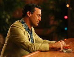 24 Hours' Sean Fitzgerald did something Mad Men's Don Draper (Jon Hamm) would never do: he gave up booze for two months. AMC
