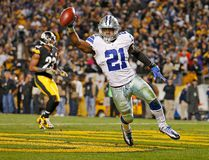 Ezekiel Elliott #21 of the Dallas Cowboys celebrates his 32-yard rushing touchdown in the fourth quarter during the game against the Pittsburgh Steelers at Heinz Field on Nov. 13, 2016 in Pittsburgh, Pa. (Justin K. Aller/Getty Images)