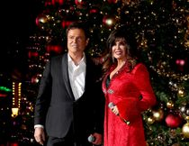 Entertainment Legends Donny & Marie Osmond Host Annual Tree Lighting Celebration at The LINQ Promenade on Nov. 19