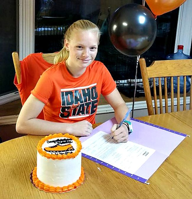 Runner Natalie Verschoor signs a national letter of intent to attend Idaho State University on scholarship. (Submitted Photo)