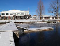 Caiger's Resort on the Thousand Islands Parkway near Rockport will soon be redeveloped as a drug and alcohol treatment facility. (DARCY CHEEK/The Recorder and Times)