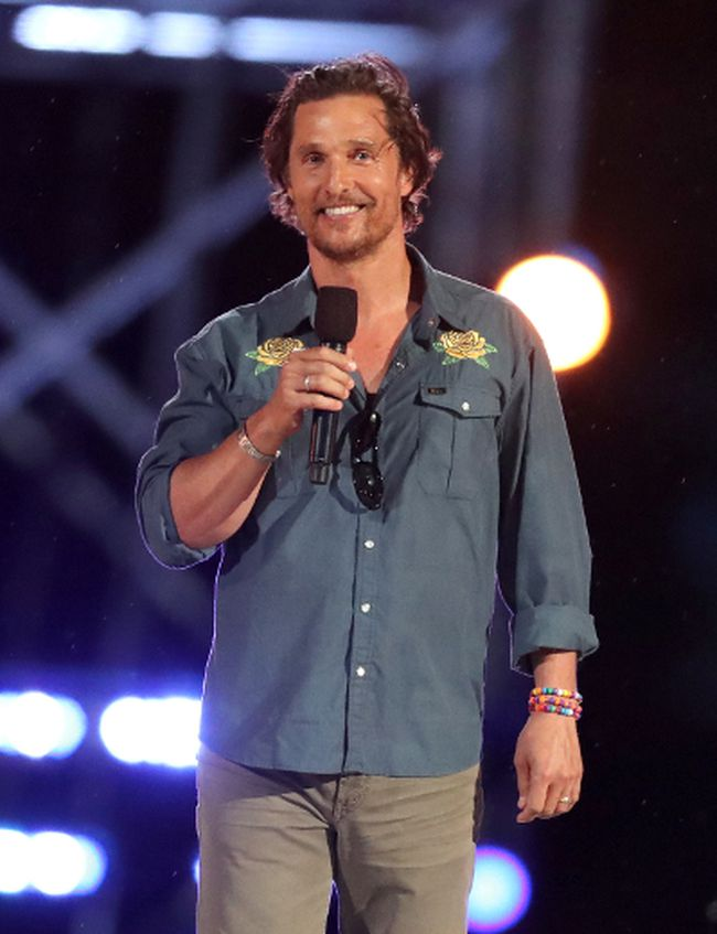 "Actor Matthew McConaughey speaks onstage during ""Spike's Rock the Troops"" event held at Joint Base Pearl Harbor - Hickam on October 22, 2016 in Honolulu, Hawaii. (Christopher Polk/Getty Images for Spike)"