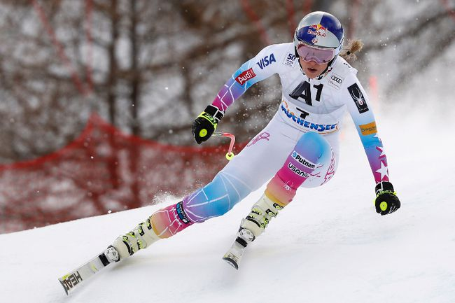 Lindsey Vonn competes during a World Cup downhill race in Altenmarkt-Zauchensee, Austria, on Sunday, Jan. 15, 2017. (Marco Trovati/AP Photo)