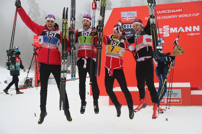 Canada's (from left to right) Len Valjas, Alex Harvey, Knute Johnsgaard and Devon Kershaw celebrate their third place finish in men's relay 4x7.5 km competition at the FIS Cross Country skiing World Cup event in Ulricehamn, Sweden, on Sunday Jan. 22, 2017. (Adam Ihse/TT via AP)