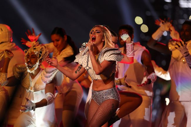 Lady Gaga performs during the Pepsi Zero Sugar Super Bowl 51 Halftime Show at NRG Stadium on February 5, 2017 in Houston, Texas. (Photo by Tom Pennington/Getty Images)