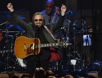 Tom Petty performs during the 2017 MusiCares Person of the Year, honouring Tom Petty, in Los Angeles on Feb. 10, 2017. (ROBYN BECK/AFP/Getty Images)