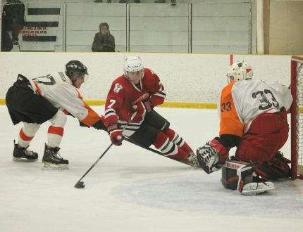 The Carman Beavers took on the Morden Redskins in their last regular season game on Saturday in Carman. Despite struggling to catch up after Morden scored first, the Beavers couldn't manage to net enough goals to take the win, ending up in third place in the league just behind the Portage Islanders. (EMILY DISTEFANO/VALLEY LEADER)