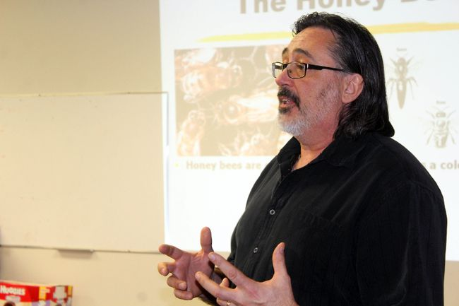 Bee expert Rheal Lafreniere shared his knowledge in Morden. (GREG VANDERMEULEN/Morden Times)
