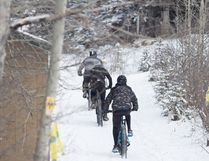 Riders head off to start their second laps at the Hinton Growler on Feb. 26 near Maxwell Lake. (John Hopkins-Hill)