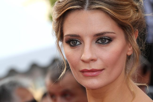 """This file photo taken on May 16, 2016 shows actress Mischa Barton arriving for the screening of the film """"Loving"""" at the 69th Cannes Film Festival in Cannes, southern France. (VALERY HACHE/AFP/Getty Image)"""
