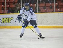 The Melfort Mustangs' Tyler Heidt looks to make a pass during the Mustangs' 5-2 loss to the Notre Dame Hounds on Tuesday, March 14 at the Northern Lights Palace.