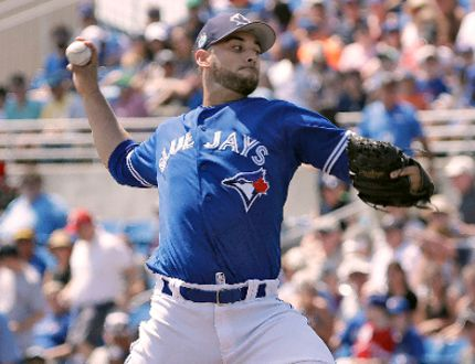 Toronto Blue Jays starting pitcher Marco Estrada delivers during a spring training game against the Detroit Tigers Wednesday, March 22, 2017, in Dunedin, Fla. (AP Photo/Chris O'Meara)