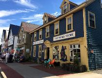 A view of Water Street in St. Andrews, one of New Brunswick's most charming towns. It is home to both typical Maritime architecture and grand mansions. PAT LEE PHOTO
