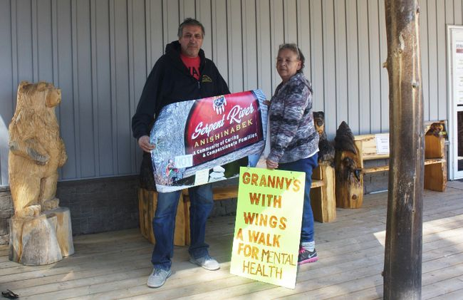 Photo by Leslie Knibbs/For The Mid-North Monitor Jeff and Karen Jacobs are organizers of the Grannies with Wings walk to draw awareness to First Nation children requiring mental health assistance to improve their lives.