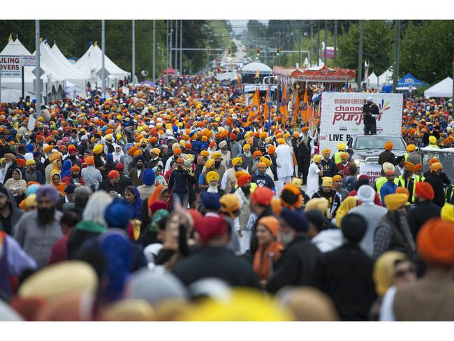 The annual Vaisakhi parade in Surrey attracted more than an estimated 200,000 people on April 23, 2016. (Jason Payne/Postmedia Network files)