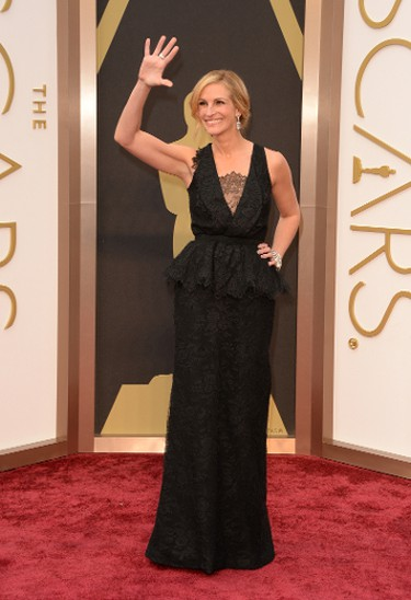 HOLLYWOOD, CA - MARCH 02:  Actress Julia Roberts attends the Oscars held at Hollywood & Highland Center on March 2, 2014 in Hollywood, California.  (Photo by Jason Merritt/Getty Images)
