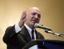 Conservative leadership candidate, Kevin O'Leary, speaks to members and supporters at a meet and greet in Burlington, Ont., on Sunday, March 5, 2017. Celebrity investor and reality-TV star O'Leary has quit the federal Conservative leadership race and throwing his support behind Quebec rival Maxime Bernier. (THE CANADIAN PRESS/Christopher Katsarov)