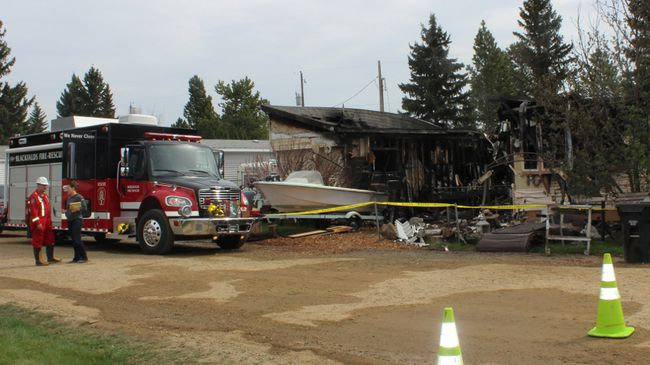 A Thursday night fire resulted in the loss of two mobile homes in the Blackfalds Estates Trailer Park. (Photo submitted)