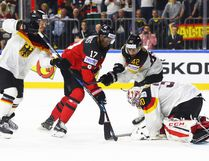 Wayne Simmonds of Canada takes on Philipp Grubauer of Germany during the 2017 IIHF Ice Hockey World Championship Quarter Final game between Canada and Germany at Lanxess Arena on May 18, 2017 in Cologne, Germany. (Photo by Martin Rose/Getty Images)