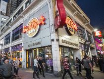 Hard Rock Cafe Closes Doors_9
